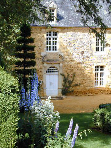 Visit Dordogne with French Cottages