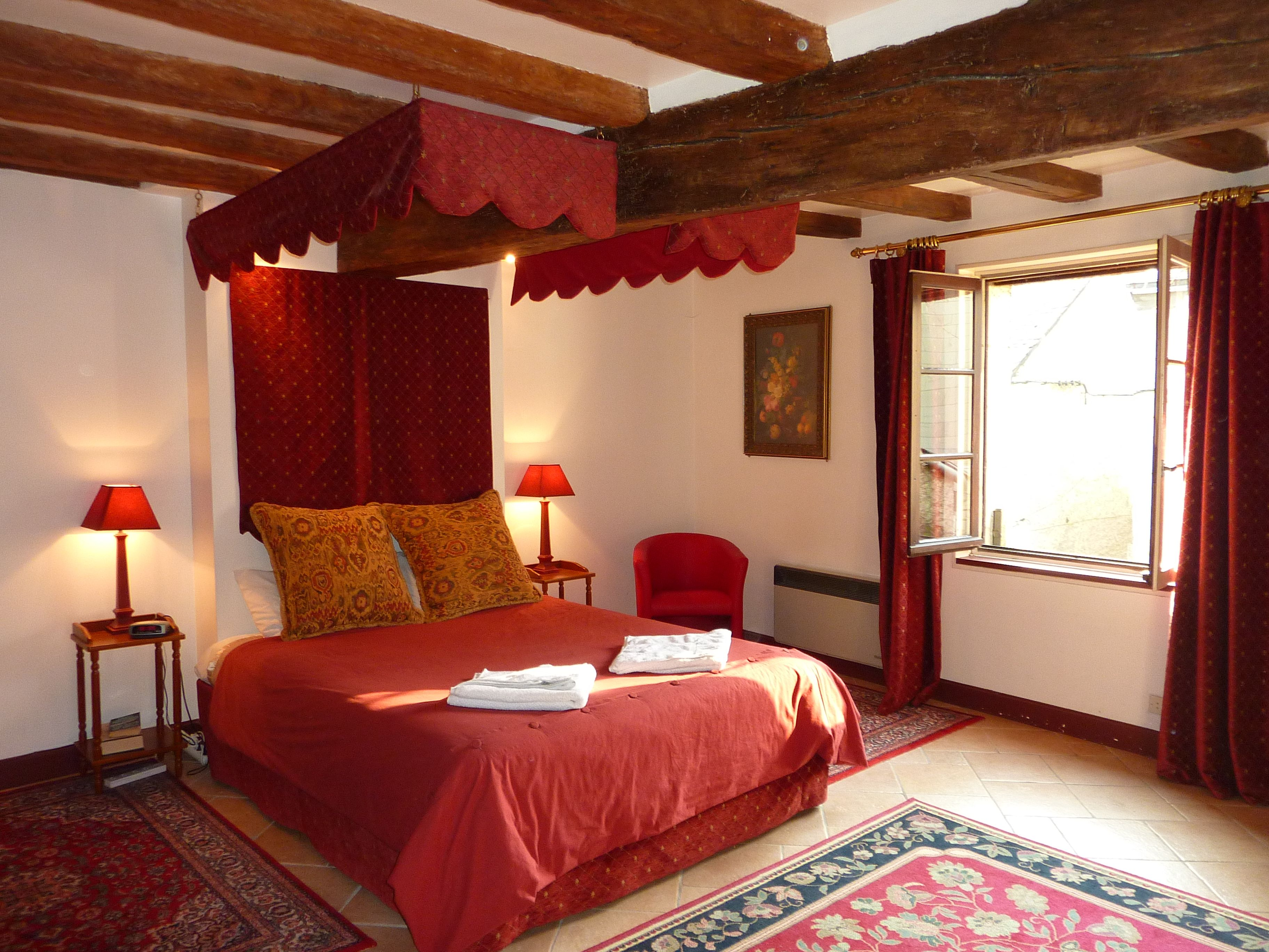 Comfortable, clean and spacious beds are a must when you travel. French Cottages knows how important this is and provides the very best night's rest you will experience in your ramblings about France